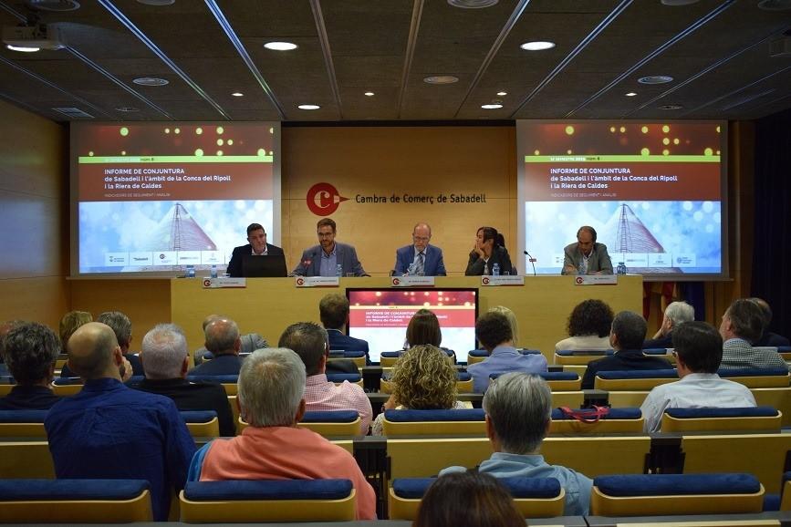 Enfriamiento En El Crecimiento Económico Del ámbito De Sabadell, La Cuenca Del Ripoll Y La Riera De Caldes (CRiRC) En Los Primeros Seis Meses De 2019